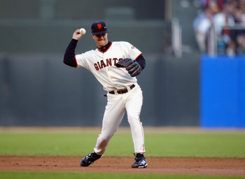 SAN FRANCISCO - OCTOBER 14:  Second baseman Jeff Kent #21 of the San Francisco Giants throws to first base during game five of the National League Championship Series against the St. Louis Cardinals on October 14, 2002 at Pacific Bell Park in San Francisc