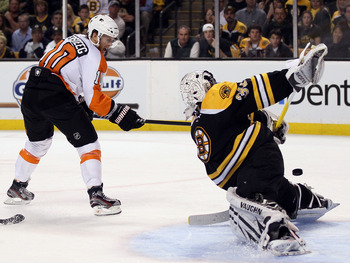 BOSTON, MA - MAY 06:  Kris Versteeg #10 of the Philadelphia Flyers gets a shot past Tim Thomas #30 of the Boston Bruins in Game Four of the Eastern Conference Semifinals during the 2011 NHL Stanley Cup Playoffs at TD Garden on May 6, 2011 in Boston, Massa
