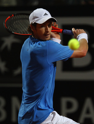 Andy Murray in his match vs. Novak Djokovic in Rome, 2011.