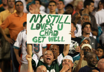 MIAMI - OCTOBER 12:  A fan of the New York Jets shows his support for former Jet Chad Pennington #10 of the Miami Dolphins at Land Shark Stadium on October 12, 2009 in Miami, Florida.  (Photo by Doug Benc/Getty Images)