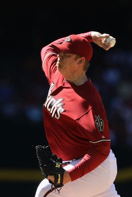 PHOENIX, AZ - APRIL 27:  Relief pitcher J.J. Putz #40 of the Arizona Diamondbacks pitches against the Philadelphia Phillies during the Major League Baseball game at Chase Field on April 27, 2011 in Phoenix, Arizona. The Phillies defeated the Diamondbacks