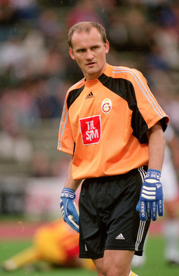 4 Aug 2000:  Claudio Taffarel of Galatasaray in action during the Pre-Season Friendly Tournament match against Bayern Munich at the Olympic Stadium, in Munich, Germany. Bayern Munich won the match 3-1.  \ Mandatory Credit: Ross Kinnaird /Allsport