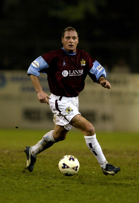 20 Mar 2002: Paul Gascoigne of Burnley in action during the Nationwide Division One match between Burnley and Bradford City at Turf Moor, Burnley, UK. DIGITAL IMAGE Mandatory Credit: Gary M. Prior/Getty Images