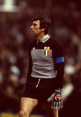 2 Mar 1983:  Dino Zoff of Juventus. \ Mandatory Credit: David Cannon /Allsport