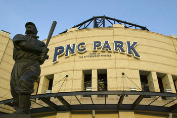 PITTSBURGH - MAY 9:  The J.P. 'Honus' Wagner statue is in front of the PNC Park before the game between the Los Angeles Dodgers and the Pittsburgh Pirates on May 9, 2004 in Pittsburgh, Pennsylvania.  The Dodgers won 9-7.  (Photo by Rick Stewart/Getty Imag