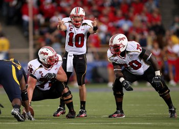 BERKELEY, CA - SEPTEMBER 05:  Chris Turner #10 of the Maryland Terrapins calls out signals during the first half of their game against the California Golden Bears at California Memorial Stadium on September 5, 2009 in Berkeley, California.  (Photo by Ezra
