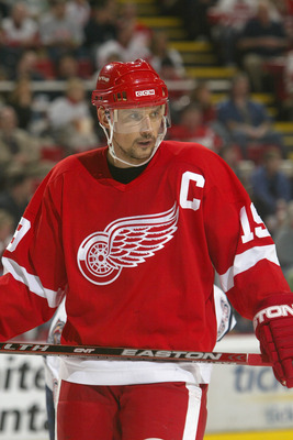DETROIT - APRIL 11:  Steve Yzerman #19 of the Detroit Red Wings skates during the NHL game agaisnt the Edmonton Oilers at Joe Louis Arena  April 11, 2006 in Detroit, Michigan. The Red Wings won the game 2-0.(Photo By Dave Sandford/Getty Images)