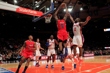 NEW YORK, NY - FEBRUARY 09:  DeAndre Jordan #9 of the Los Angeles Clippers shoots over Raymond Felton #2 of the New York Knicks at Madison Square Garden on February 9, 2011 in New York City. NOTE TO USER: User expressly acknowledges and agrees that, by do
