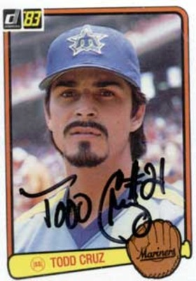 Todd_cruz_autograph_display_image