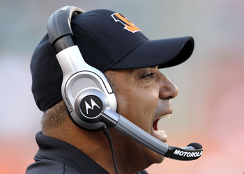 CINCINNATI - NOVEMBER 21:  Marvin Lewis the Head Coach of the Cincinnati Bengals gives instructions to his team during the Bengals 49-31 loss to the Buffalo Bills at Paul Brown Stadium on November 21, 2010 in Cincinnati, Ohio.  (Photo by Andy Lyons/Getty