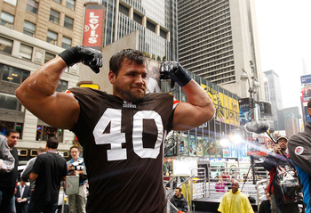 NEW YORK - APRIL 28:  Peyton Hillis #40 of the Cleveland Browns participates in a photo shoot for the cover of EA Sports Madden NFL 12 on April 28, 2011 in Time Square, New York City  (Photo by Mike Stobe/Getty Images for EA)