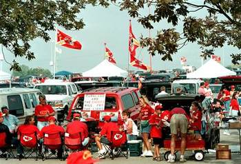 Top-tailgating-towns-kansascitychiefs