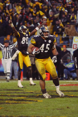 Chris Fuamatu-Ma'afala scoring the winning touchdown against the Browns