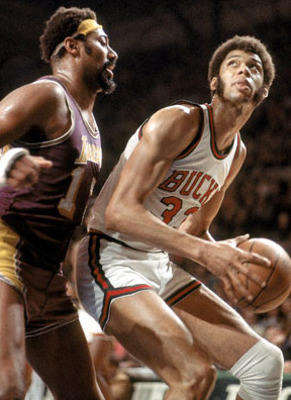 Kareem_abdul_jabar_n_wilt_chamberlin_display_image
