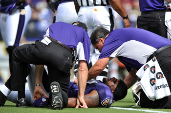 BALTIMORE - SEPTEMBER 27:  Ray Lewis #52 of the Baltimore Ravens lies on the field after an injury during the game against the Cleveland Browns at M&T Bank Stadium on September 27, 2009 in Baltimore, Maryland. The Ravens defeated the Browns 34-3. Lewis re