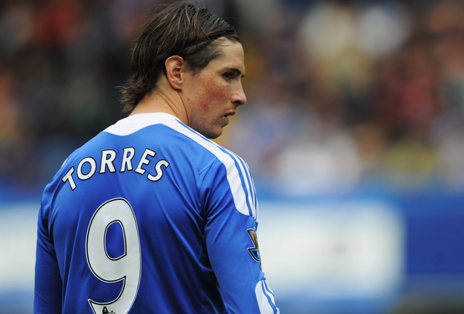 LONDON, ENGLAND - MAY 15:  Fernando Torres of Chelsea in action during the Barclays Premier League match between Chelsea and Newcastle United at Stamford Bridge on May 15, 2011 in London, England.  (Photo by Michael Regan/Getty Images)