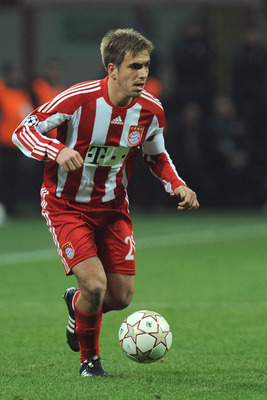 MILAN, ITALY - FEBRUARY 23:  Philipp Lahm of FC Bayern Muenchen in action during the UEFA Champions League round of 16 first leg match between Inter Milan v FC Bayern Muenchen on February 23, 2011 in Milan, Italy.  (Photo by Valerio Pennicino/Getty Images
