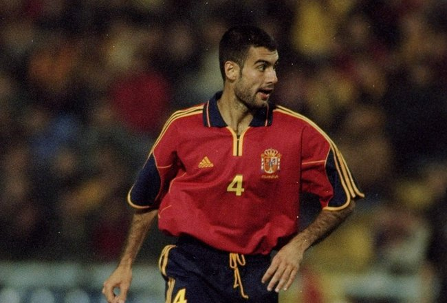 13 Nov 1999:  Josep Guardiola of Spain in action during the International Friendly against Brazil played at the Estadio Balaidos in Vigo, Spain. The game finished in a 0-0 draw.  \ Photo by Nuno Correia.  \ Mandatory Credit: AllsportUK  /Allsport