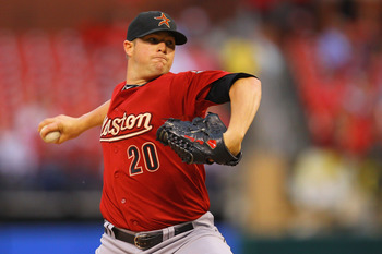 ST. LOUIS, MO - MAY 18: Starter Bud Norris #20 of the Houston Astros pitches against the St. Louis Cardinals at Busch Stadium on May 18, 2011 in St. Louis, Missouri.  (Photo by Dilip Vishwanat/Getty Images)