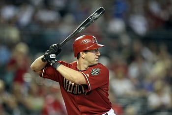 PHOENIX, AZ - APRIL 17:  Willie Bloomquist #18 of the Arizona Diamondbacks bats against the San Francisco Giants during the Major League Baseball game at Chase Field on April 17, 2011 in Phoenix, Arizona. The Diamondbacks defeated the Giants 6-5 in the tw