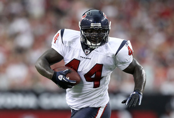 GLENDALE, AZ - AUGUST 14:  Fullback Vonta Leach #44 of the Houston Texans rushes the ball during preseason NFL game against the Arizona Cardinals at the University of Phoenix Stadium on August 14, 2010 in Glendale, Arizona.  The Cardinals defeated the Tex
