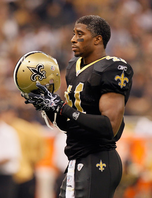 NEW ORLEANS - NOVEMBER 21:  Roman Harper #41 of the New Orleans Saints against the Seattle Seahawks at Louisiana Superdome on November 21, 2010 in New Orleans, Louisiana.  (Photo by Kevin C. Cox/Getty Images)