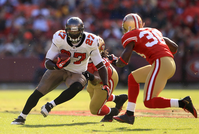 SAN FRANCISCO - NOVEMBER 21:  LeGarrette Blount #27 of the Tampa Bay Buccaneers in action against the San Francisco 49ers at Candlestick Park on November 21, 2010 in San Francisco, California.  (Photo by Ezra Shaw/Getty Images)