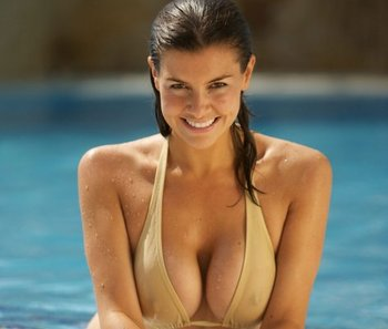 Imogen_thomas_2_display_image