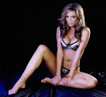 Danielle_lloyd_4_display_image