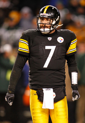PITTSBURGH, PA - JANUARY 23:  Ben Roethlisberger #7 of the Pittsburgh Steelers looks on against the New York Jets in the 2011 AFC Championship game at Heinz Field on January 23, 2011 in Pittsburgh, Pennsylvania. The Steelers won 24 to 19.  (Photo by Grego