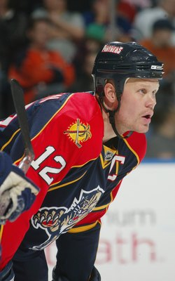 UNIONDALE, NY - MARCH 02: Olli Jokinen #12 of the Florida Panthers skates against the New York Islanders on March 2, 2008 at the Nassau Coliseum in Uniondale, New York. The Panthers defeated the Islanders 1-0.  (Photo by Bruce Bennett/Getty Images)