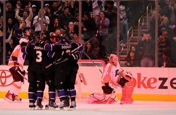 LOS ANGELES, CA - DECEMBER 30:  Goaltender Michael Leighton #49 of the Philadelphia Flyers reacts after giving up his second goal as the Los Angeles Kings celebrate at Staples Center on December 30, 2010 in Los Angeles, California.   (Photo by Stephen Dun