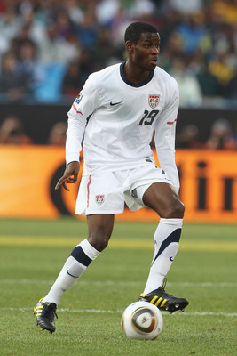 PRETORIA, SOUTH AFRICA - JUNE 23:  Maurice Edu of the United States runs with the ball during the 2010 FIFA World Cup South Africa Group C match between USA and Algeria at the Loftus Versfeld Stadium on June 23, 2010 in Tshwane/Pretoria, South Africa.  (P