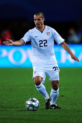 JOHANNESBURG, SOUTH AFRICA - JUNE 28:   Benny Feilhaber of USA in action during the FIFA Confederations Cup Final between USA and Brazil at the Ellis Park Stadium on June 28, 2009 in Johannesburg, South Africa.  (Photo by Laurence Griffiths/Getty Images)