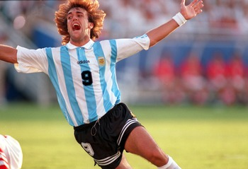 30 JUN 1994:  GABRIEL BATISTUTA OF ARGENTINA CELEBRATES IN ACTION DURING THE 1994 WORLD CUP MATCH ARGENTINA V BULGARIA IN DALLAS, TEXAS. Mandatory Credit: David Cannon/ALLSPORT