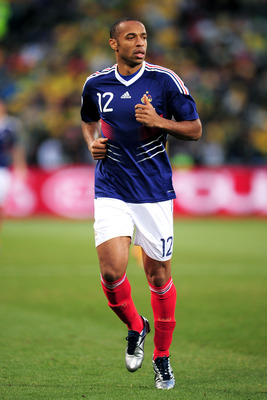 BLOEMFONTEIN, SOUTH AFRICA - JUNE 22: Thierry Henry of France in action during the 2010 FIFA World Cup South Africa Group A match between France and South Africa at the Free State Stadium on June 22, 2010 in Mangaung/Bloemfontein, South Africa.  (Photo by