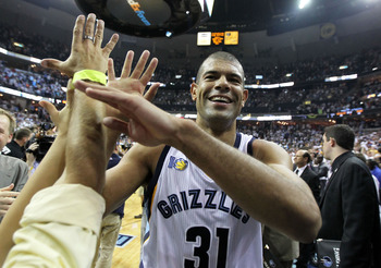 MEMPHIS, TN - APRIL 29: Shane Battier #31 of the Memphis Grizzlies celebrates after the Grizzlies beat the San Antonio Spurs 99-91 in Game Six of the Western Conference Quarterfinals in the 2011 NBA Playoffs at FedExForum on April 29, 2011 in Memphis, Ten