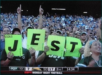 Jets_fans_mispelled_sign_phixr_display_image