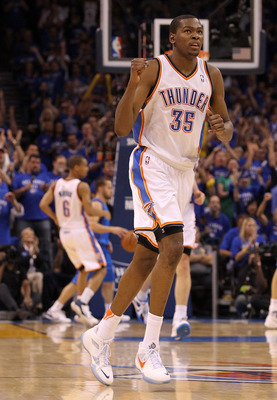 OKLAHOMA CITY, OK - MAY 23:  Kevin Durant #35 of the Oklahoma City Thunder reacts in the fourth quarter while taking on the Dallas Mavericks in Game Four of the Western Conference Finals during the 2011 NBA Playoffs at Oklahoma City Arena on May 23, 2011