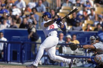 22 Apr 2001:  Gary Sheffield #10 of the  Los Angeles Dodgers swings at the pitch during the game against the San Diego Padres  at Dodger Stadium in Los Angeles, California. The Padres defeated the Dodgers 7-6.Mandatory Credit: Christopher Ruppel  /Allspor
