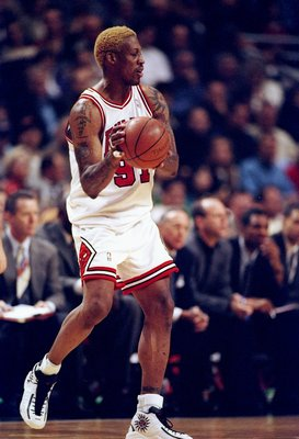 1 Nov 1997:  Dennis Rodman #91 of the Chicago Bulls in action during the Bulls 94-74 win over the Philadelphia 76ers at the United Center in Chicago, Illinois.   Mandatory Credit: Jonathan Daniel  /Allsport