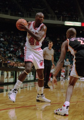 30 JAN 1994:  MIAMI HEAT FORWARD GLEN RICE, LEFT, CONTROLS THE BALL DURING THE HEAT 95- 92 LOSS TO THE ATLANTA HAWKS AT THE MIAMI ARENA IN MIAMI, FLORIDA. Mandatory Credit: Allsport/ALLSPORT