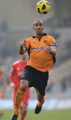 WOLVERHAMPTON, ENGLAND - JANUARY 22:  Karl Henry of Wolverhampton Wanderers in action during the Barclays Premier League match between Wolverhampton Wanderers and Liverpool at Molineux on January 22, 2011 in Wolverhampton, England.  (Photo by Mark Thompso