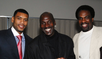 LOUISVILLE, KY - MAY 04: NBA basketball legends (L-R) Allen Houston, Michael Jordan and Charles Oakley pose at the Muhammad Ali birthday celebration and VIP Reception during the events for the 133rd Kentucky Derby, May 4, 2007 in Louisville, Kentucky. (Ph