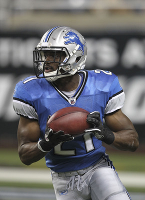 DETROIT - SEPTEMBER 02: Aaron Brown #21 of the Detroit Lions runs for a short gain in the second quarter of the preseason game against the Buffalo Bills at Ford Field on September 2, 2010 in Detroit, Michigan.  (Photo by Leon Halip/Getty Images)