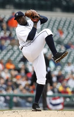 DETROIT - APRIL 13:  Dontrelle Willis #21 of the Detroit Tigers pitches during the game between the Detroit Tigers and the Kansas City Royals on April 13, 2010 at Comerica Park in Detroit, Michigan. The Tigers defeated the Indians 6-5.  (Photo by Leon Hal