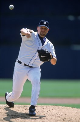 26 Apr 2001:  Chris Holt #41 of the Detroit Tigers throws the ball during the game against the Baltimore Orioles at Comerica Park in Detroit, Michigan. The Tigers defeated the Orioles 8-2.Mandatory Credit: Tom Pigeon  /Allsport