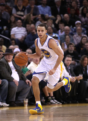 OAKLAND, CA - JANUARY 19:  Stephen Curry #30 of the Golden State Warriors in action against the Indiana Pacers at Oracle Arena on January 19, 2011 in Oakland, California.  NOTE TO USER: User expressly acknowledges and agrees that, by downloading and or us