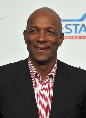 LOS ANGELES, CA - FEBRUARY 20:  Former NBA player Clyde Drexler arrives to the T-Mobile Magenta Carpet at the 2011 NBA All-Star Game on February 20, 2011 in Los Angeles, California.  (Photo by Alberto E. Rodriguez/Getty Images)