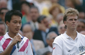 Michael Chang (left) and Stefan Edberg (right)